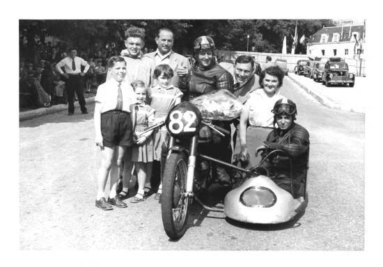 11-N82-1er-a-bourges--1955.jpg